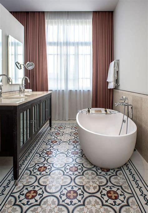 carreau salle de bain salle de bains avec carreaux de ciment le carreau carrelage de ciment et ciment