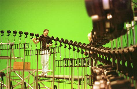30 Awesome Behind The Scenes Shots From Famous Movies