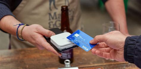 Find below customer service details of discover card or discover financial services, including phone and address. 6 Best iPhone Credit Card Readers With Payment App