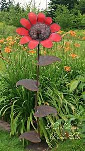 Metal Petals Garden Art ~ Unique Home & Garden Decor