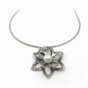 nature inspired jewelry silver flower necklace aries