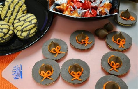 Desserts With Pumpkin Seeds by Easy Halloween Treats Witch S Hat Cookie Recipe Rada Blog