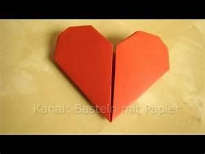 Basteln Mit Papier Anleitung : herz falten anleitung f r origami herz geschenkideen basteln mit papier diy youtube ~ Frokenaadalensverden.com Haus und Dekorationen