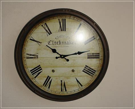 Große Wanduhr Rund Metall Rost Design Clockmaker Vintage
