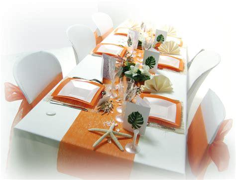 d 233 coration mariage tropical en orange et blanc