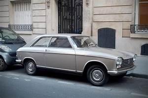 204 Peugeot Coupé : peugeot 204 coup une voiture de collection propos e par pascal b ~ Medecine-chirurgie-esthetiques.com Avis de Voitures