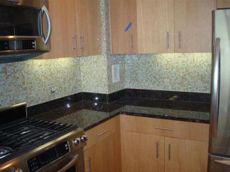 Glass Backsplashes For Kitchens Gallery  Kitchentoday