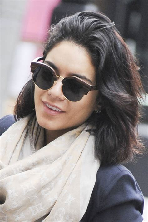 VANESSA HUDGENS in Tight Jeans Out in New York – HawtCelebs