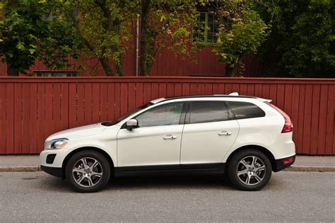 Volvo Photo by Volvo V40 New Hatch Will Be Oldest Model By 2015 Photos