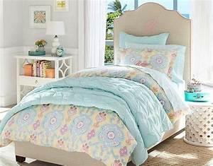 chambre enfant retro good chambre enfant rtro mobilier With tapis chambre enfant avec canapé lit scandinave