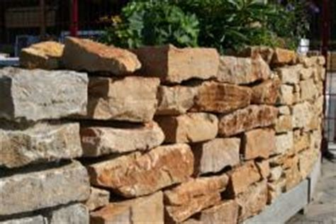 Mauer Für Garten by Garten Mauer Aus Naturstein Bauunternehmen
