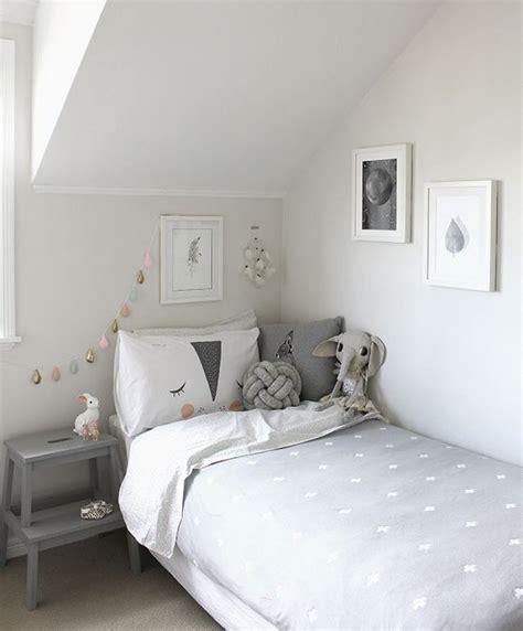 chambre grise et blanche décoration chambre d enfant grise