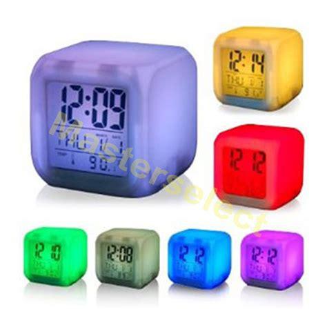 bureau de change luxembourg reveil cube lumineux qui change de couleurs pour chambre