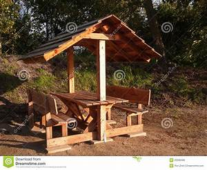 plans for picnic table with roof Quick Woodworking Projects