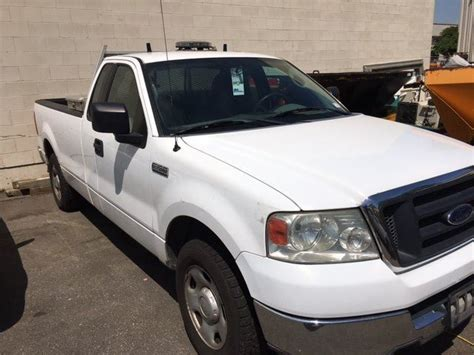 2004 Ford F 150 Xl by 2004 Ford F 150 Xl Triton 2 Door Pu White Vin