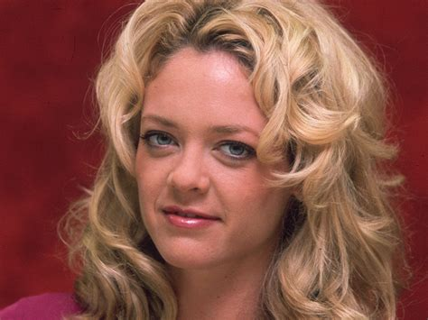 robin kelly actress death family of actress lisa robin kelly files wrongful death suit