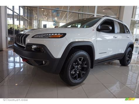 white jeep 2016 2016 bright white jeep cherokee trailhawk 4x4 112582884