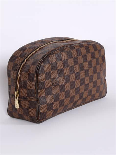 louis vuitton toiletry bag  damier canvas ebene luxury bags