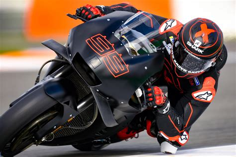lorenzo completes initial laps aboard rc213v in repsol