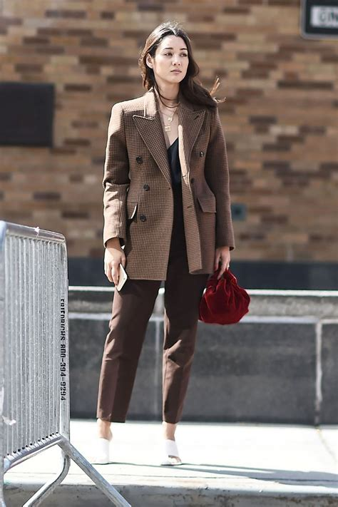 what color goes with brown 7 colors that go with brown who what wear