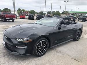 Used 2018 Ford Mustang EcoBoost RWD Convertible For Sale Sandusky OH - P5199