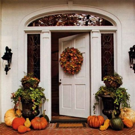fall entryway decor simple and inexpensive fall decorating tips