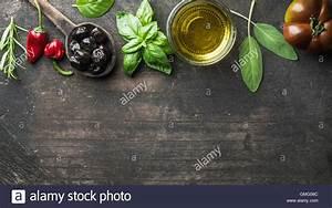 Abendessen Auf Englisch : essen hintergrund mit gem se kr utern und w rze griechische schwarze oliven frischem ~ Somuchworld.com Haus und Dekorationen