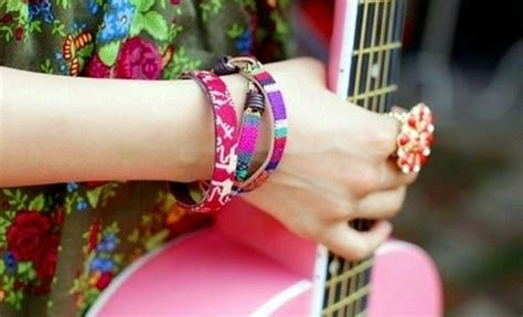 girly bracelets facebook profile picture   fun