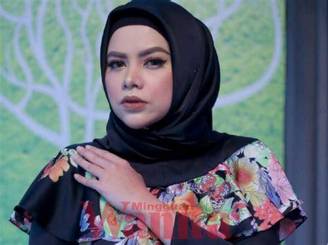 Datin Alyah Tak Kisah Turun Padang Jual Barang
