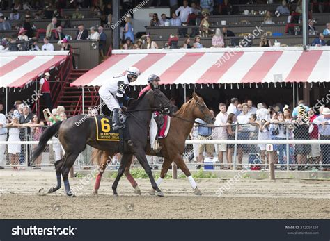 Saratoga Springs, Ny  August 29, 2015 Limousine Liberal