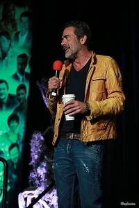 Supernatural – HQ Pics of Jeffrey Dean Morgan at VegasCon ...