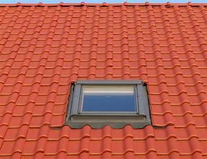 Dachfenster Austauschen Kosten : dachfenster einbauen so gelingt der einbau des ~ Lizthompson.info Haus und Dekorationen