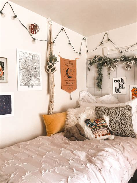 Wake up those bedroom walls with some dreamy decorating ideas. pinterest: kimoyaawalker | Brick wall living room, Dorm ...