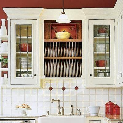 thrifty ways  customize  kitchen plate racks