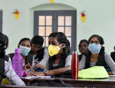 telangana ssc exams: Telangana SSC students, parents in a ...