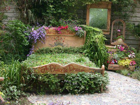 Garden Bedroom Decor by A Place To A Bedroom In Your Garden 1001 Gardens