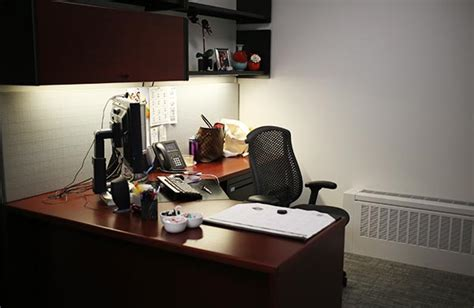 decorating your corporate office space