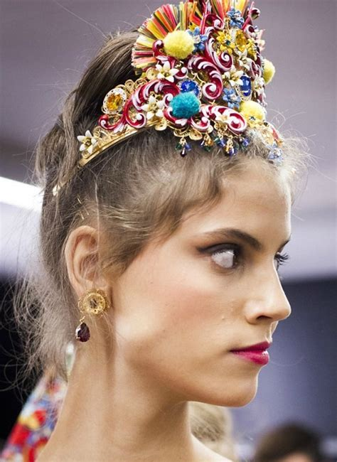 dolce gabbana  head accessories kaleidoscope effect