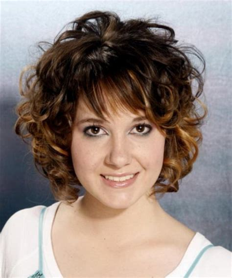 medium to short curly hairstyles short to medium curly hairstyles