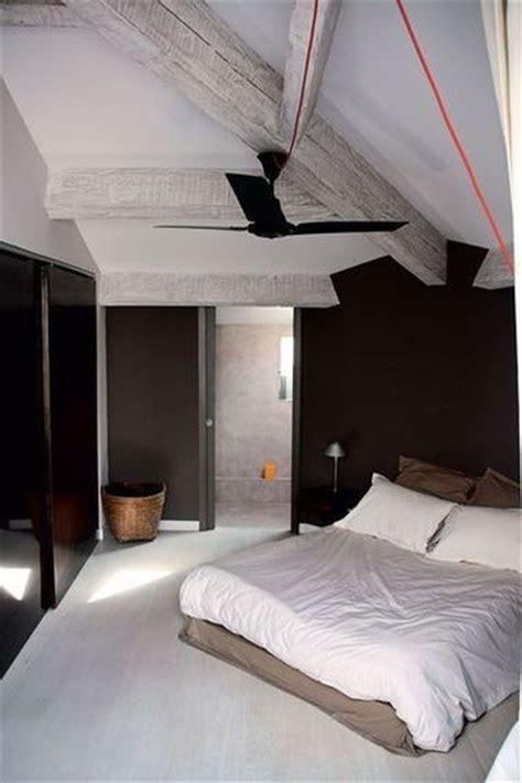 chambre avec poutres apparentes idees d chambre chambre avec poutres apparentes