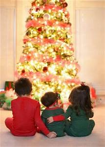 Sibling Christmas graphy on Pinterest