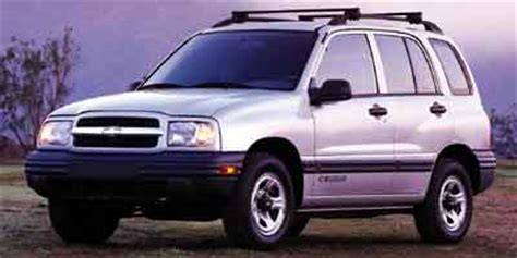 chevrolet tracker chevy page  review  car