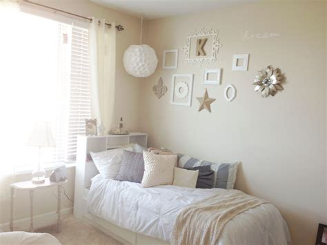 College Apartment Bedroom Layout. Chic College Apartment