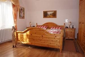 Schlafzimmer Landhausstil Modern : schlafzimmer einrichten landhausstil ~ Markanthonyermac.com Haus und Dekorationen