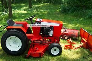 John Deere 325 Garden Tractor Snow Er