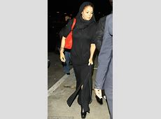 Janet Jackson covers up but still suffers from a VPL