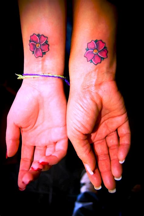 kleine freundschaft tattoos 20 kleine freundschaft tattoos ideen und entw 252 rfe 187 tattoosideen