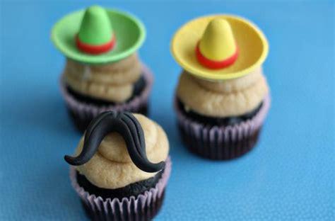foodista  mustache  sombrero fondant toppers