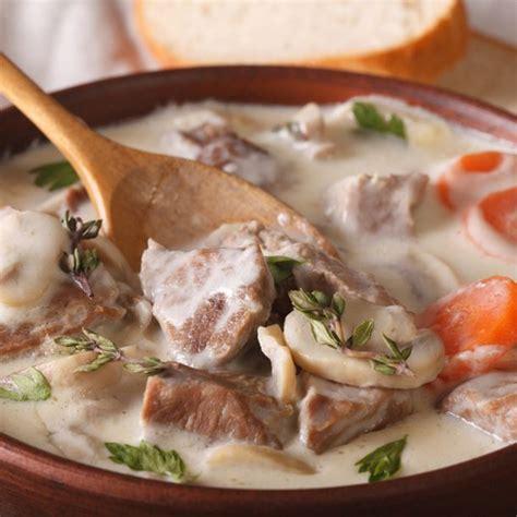 cuisiner la blanquette de veau recette blanquette de veau à l 39 ancienne