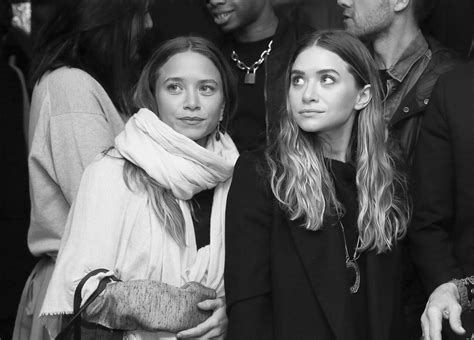 Why Didnt The Olsen Twins Make An Appearance In Netflixs
